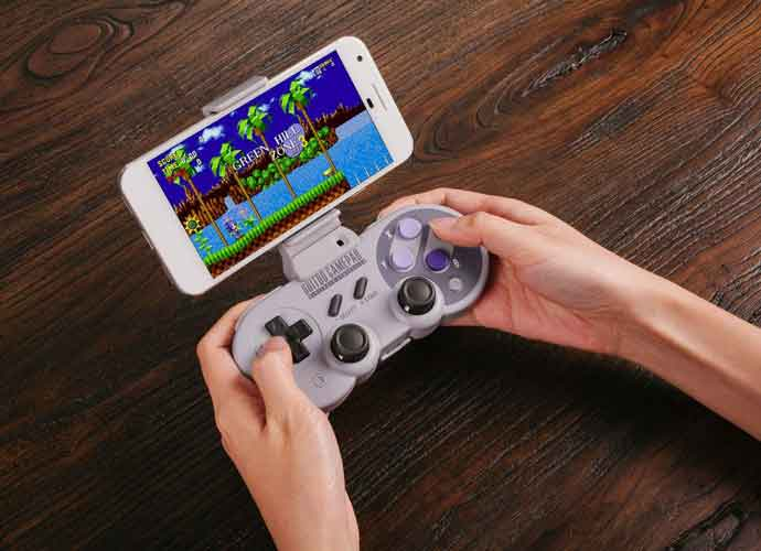 SN30 Pro & SF30 Pro Controller Review: Subtly Modernized Controllers