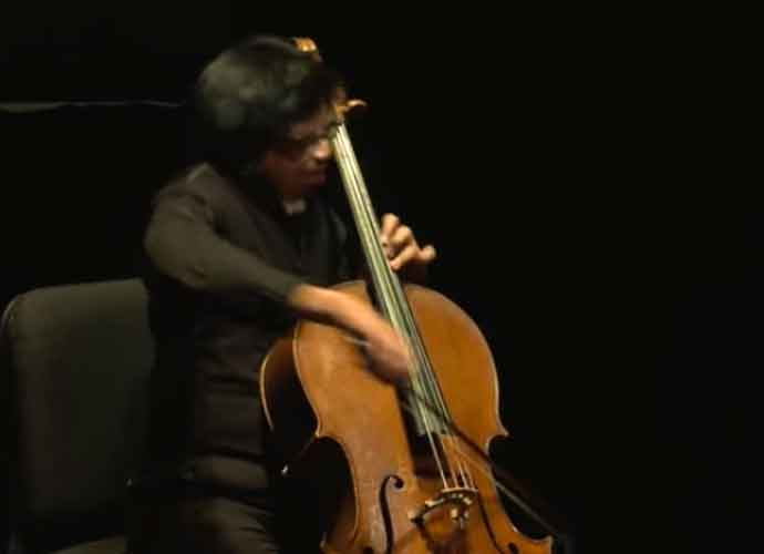 Kei Otake, Juilliard Cellist With Treacher Collins Syndrome, Plays Instrument In NYC Subways To Enlighten