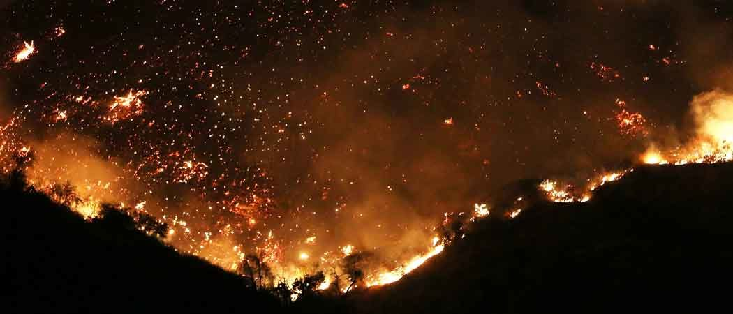 California Wildfires Cause Celebrities To Evacuate Homes