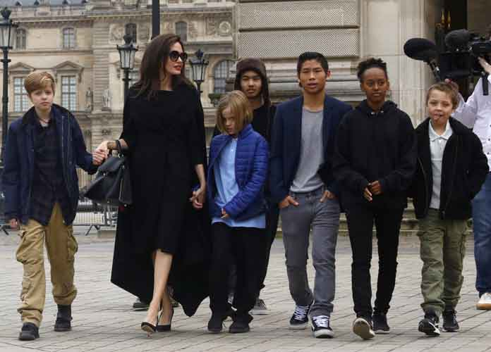 Angelina Jolie & Her 6 Children Visit The Louvre Museum In Paris [PHOTOS]