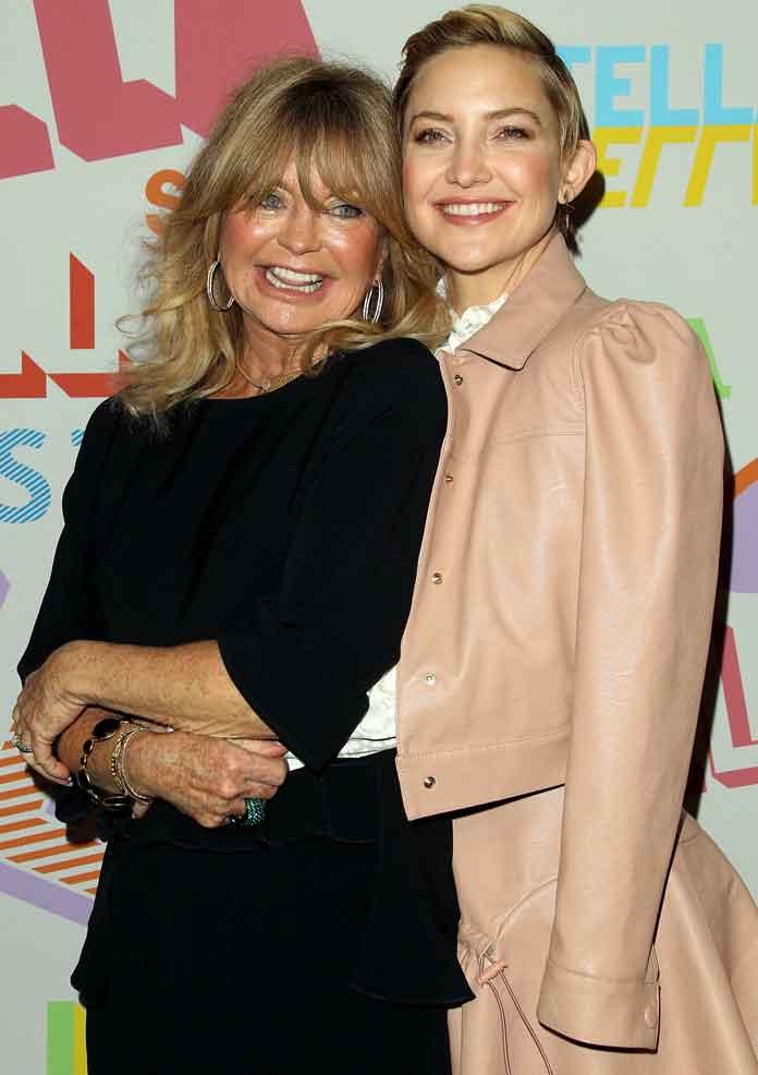 Kate Hudson & Goldie Hawn Attend Stella McCartney Autumn Fashion Show [PHOTOS]