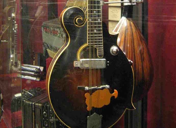 Gibson Guitar Company Is Reportedly Nearing Bankruptcy