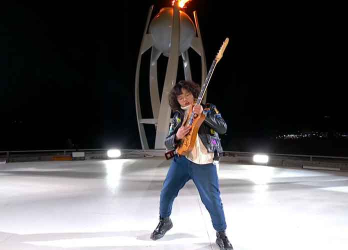 13-Year-Old Guitarist Yang Tae-Hwan Shreds On Guitar At Olympic Closing Ceremony