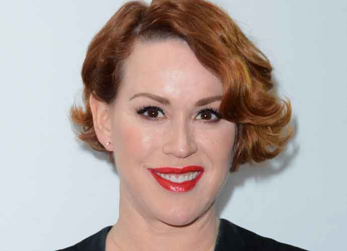 """Molly Ringwald Reveals Her """"Troubling"""" Feelings About Sexual Harassment In 'The Breakfast Club'"""