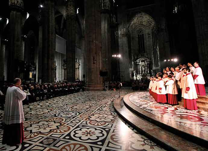 Mark Spyropoulos & Stefano Guadagnini On the Sistine Chapel Choir Tour, Pope Francis [VIDEO EXCLUSIVE]
