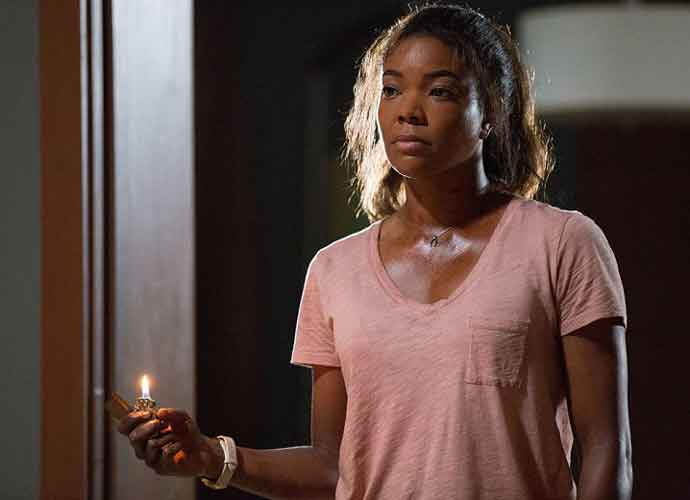 'Breaking In' Movie Review: Gabrielle Union Is A Fearsome Mother In a By-The-Books, Occasionally Weird Home Invasion Thriller