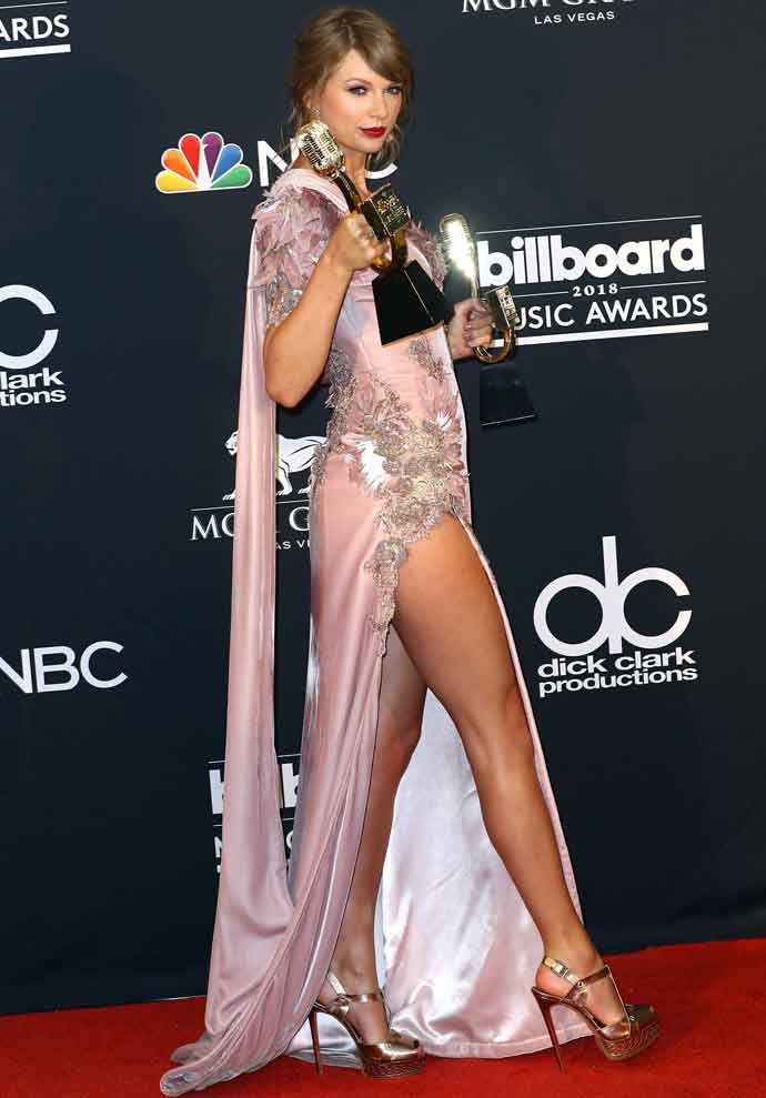 Get The Look Taylor Swift S Billboard Music Awards Dress