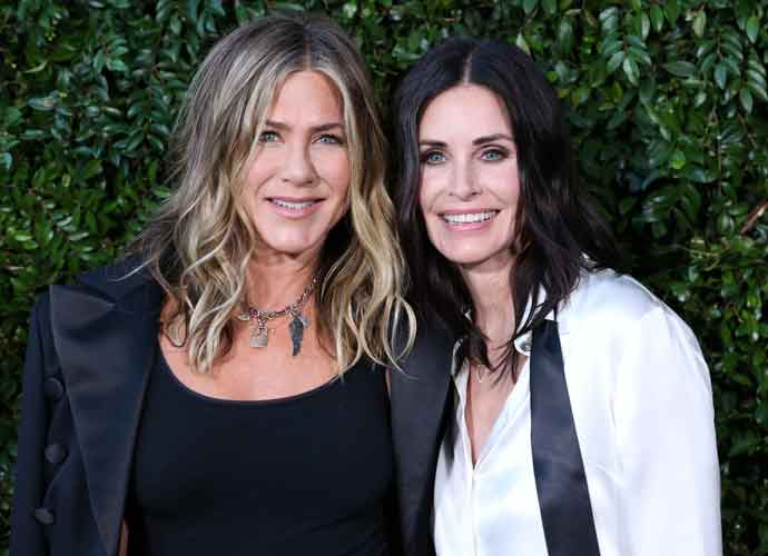 Jennifer Aniston & Courtney Cox Stage 'Friends' Reunion At Natural Resources Defense Council Party