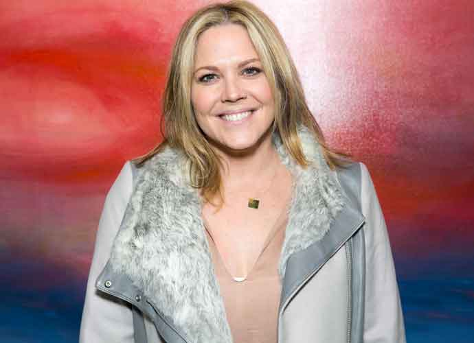 'West Wing' Actress Mary McCormack Calls Out Tesla After Her Husband's Car Bursts Into Flames