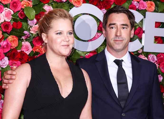 Amy Schumer Reveals Husband Chris Fischer Is On Autism Spectrum In Netflix Special 'Growing'