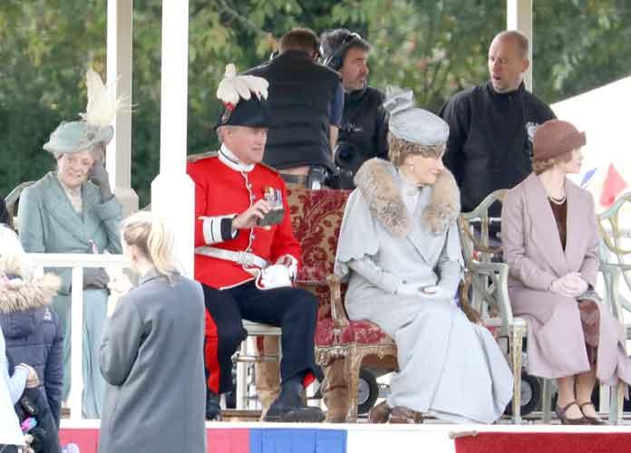 Hugh Bonneville, Elizabeth McGovern & Maggie Smith Film 'Downton Abbey' Movie In Wiltshire, England [PHOTO]
