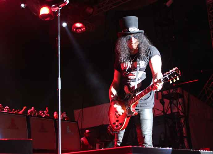 Slash Ft. Myles Kennedy & The Conspirators Concert Review: The Riff Master At Work [TICKET INFO]