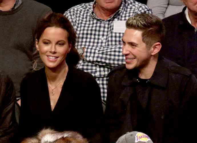 Kate Beckinsale & Boyfriend Jack Whitehall Watch Los Angeles Lakers Game