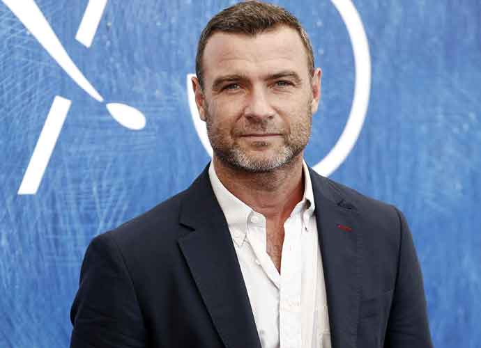 Liev Schreiber Thanks Americans For Record Voter Turnout In 'SNL' Monologue