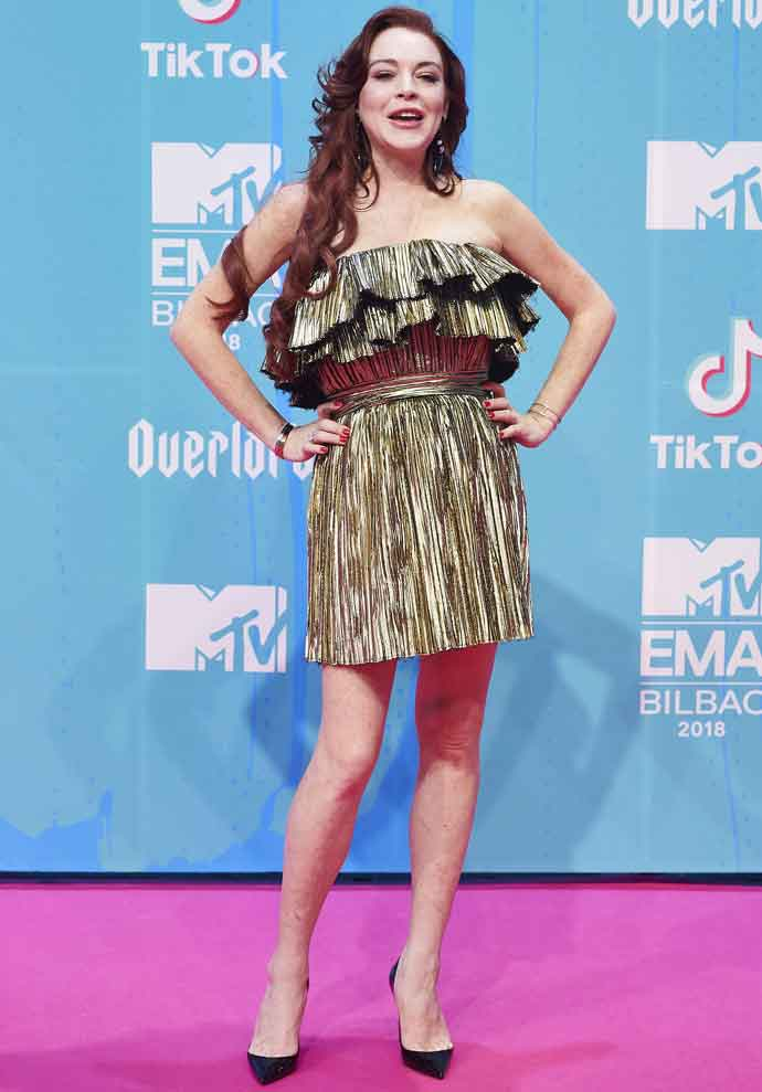 Lindsay Lohan Shined In A Gold Dress At 2018 MTV Europe Music Awards