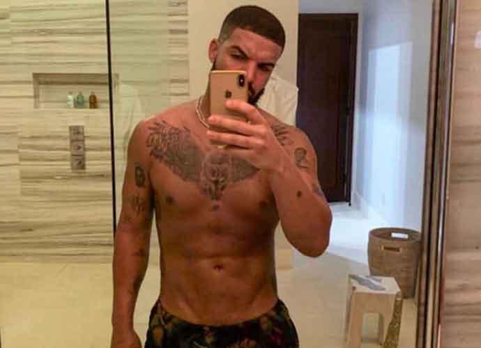 Fans Go Crazy Over Drake's New Shirtless Selfie