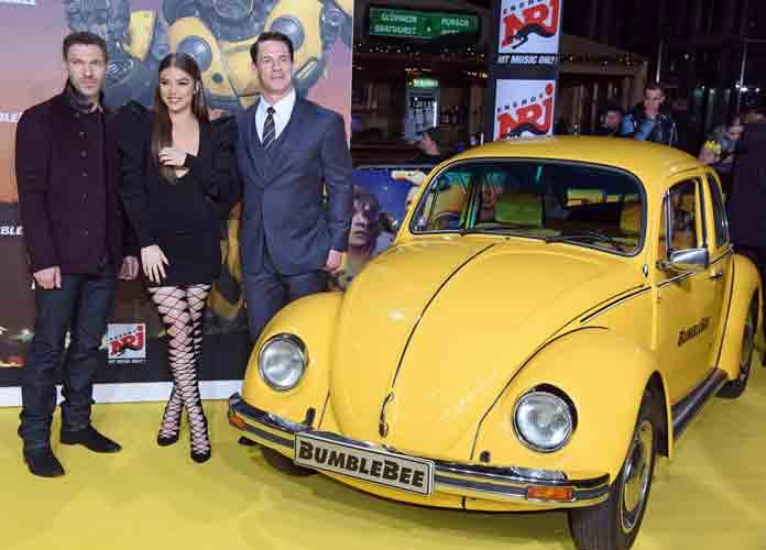 Hailee Steinfeld, John Cena & Travis Knight Attend 'Bumblebee' Fan Screening In Berlin