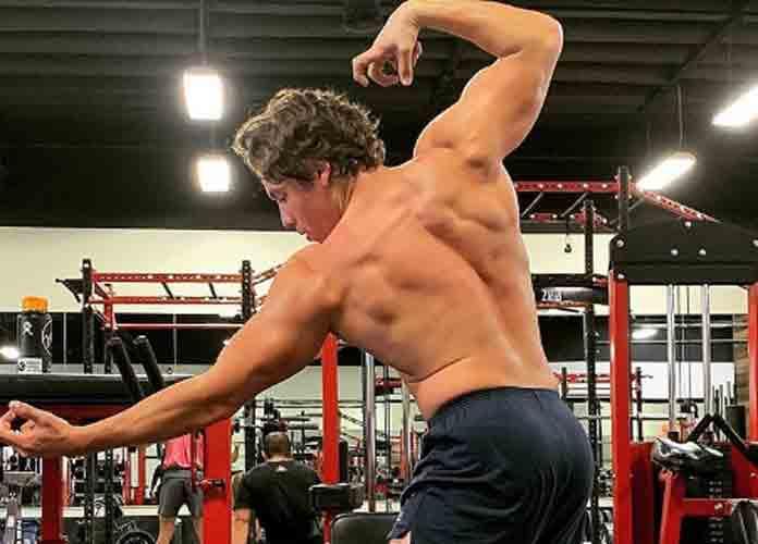 Arnold Schwarzenegger's Son Joseph Baena Recreates Dad's Body Builder Pose On Instagram [PHOTO]