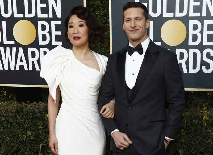 Golden Globes 2019: Andy Samberg & Sandra Oh Bomb During Show's Opening Monologue [VIDEO]