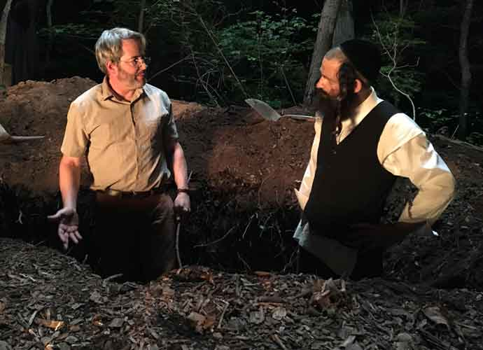 Movie Review: Shawn Snyder's 'To Dust' Is The Stuff of Jewish Humor