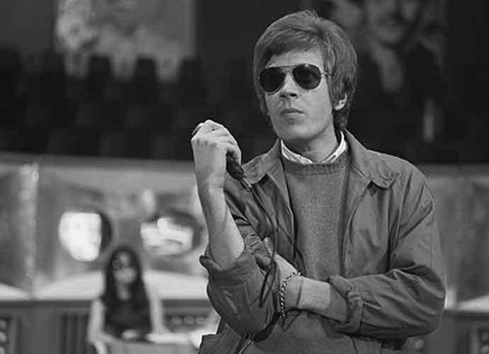 Scott Walker, Avant-Garde Songwriter Who Influenced David Bowie, Dead At 76