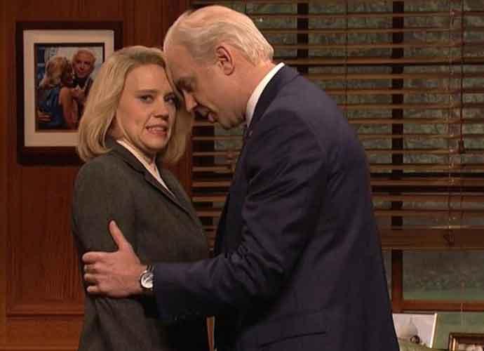 Jason Sudeikis Returns To'Saturday Night Live' As A Handsy Joe Biden [VIDEO]