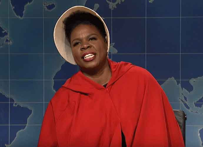 Leslie Jones Wears 'Handmaid's Tale' Costume To Protest Alabama's Abortion Ban On 'SNL' [VIDEO]