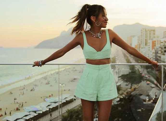 Julie Sariñana Blogs On Trip To Rio's Ipanema Beach