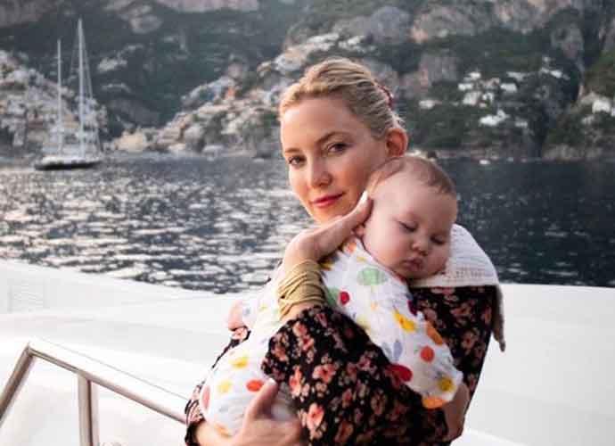 Kate Hudson Takes Baby Runi RoseTo Italy's Amalfi Coast