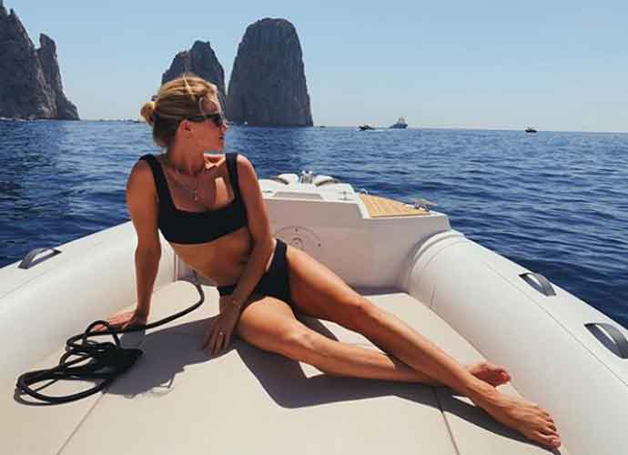 Rosie Huntington-Whiteley Shows Off Her Post First Child Body Sailing In Capri, Italy
