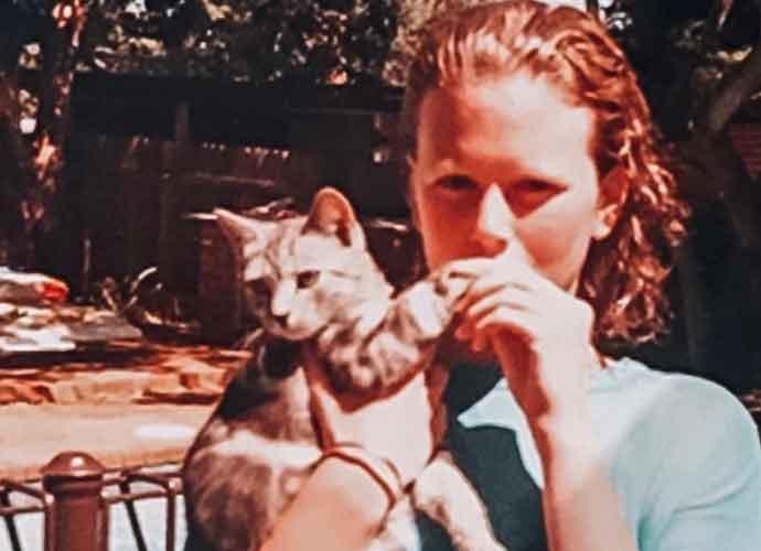 Nicole Kidman, Thandie Newton & Other Celebrities Celebrate International Cat Day Festivities