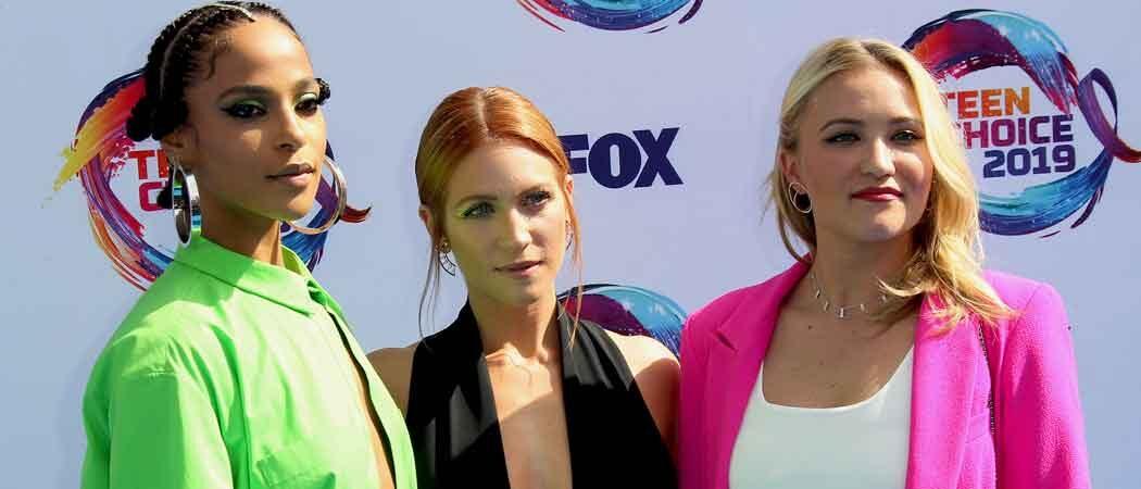 'Almost Family' Stars Megalyn Echikunwoke, Brittany Snow & Emily Osment Reunite At Teen Choice Awards