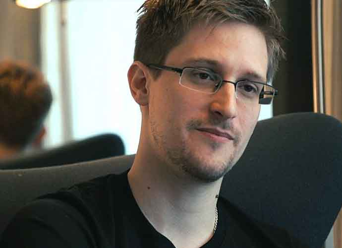 Edward Snowden Says CIA Has No Secret Evidence Of Extraterrestrial Life