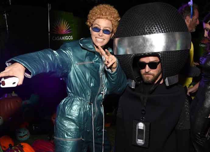 Jessica Biel & Justin Timberlake Enjoy Halloween With Couples Costume