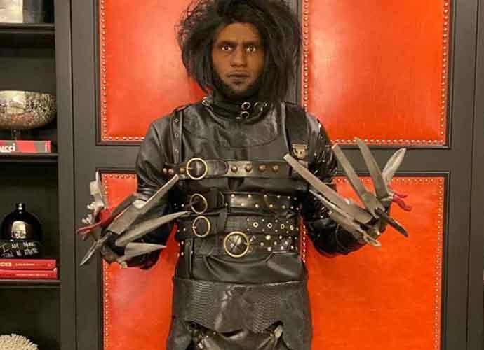 LeBron James Frightens Fans With  Edward Scissorhands Halloween Costume
