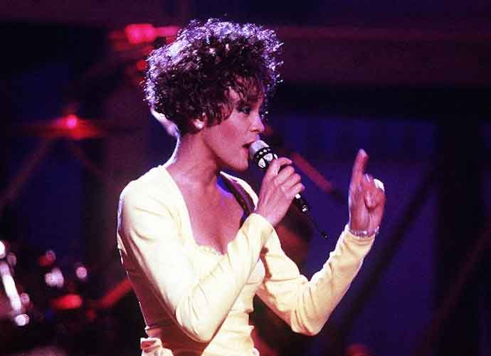 Whitney Houston's Girlfriend, Robyn Crawford, Opens Up About Secret Romance With Singer: 'It Was Physical'