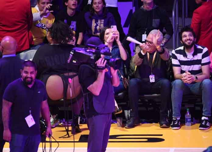 Lizzo Twerks To 'Juice' In Thong At Lakers Game, Social Media Reacts