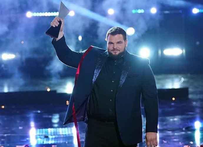'The Voice' Finale: Jake Hoot Wins Season 17, Kelly Clarkson Receives Third Win