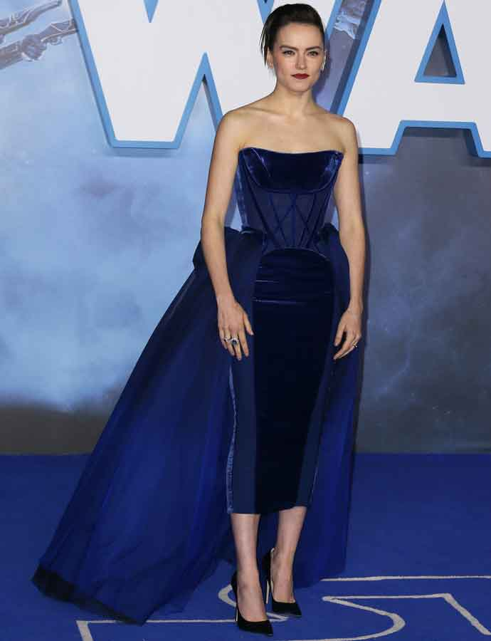 Daisy Ridley Dazzles At European Premiere Of 'Star Wars: The Rise of Skywalker'