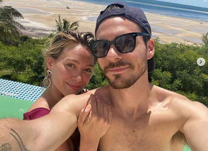 Hilary Duff & Husband Matt Koma Share Honeymoon Photos In South Africa