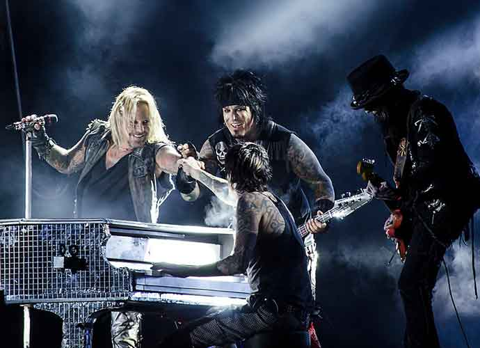 Mötley Crüe To Tour With Def Leppard, Poison & Joan Jett [Dates, Deals & Ticket Info]