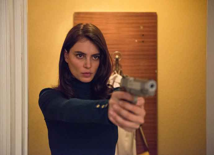'The Whistlers' Review: Quirky Romanian Thriller Plays It Safe