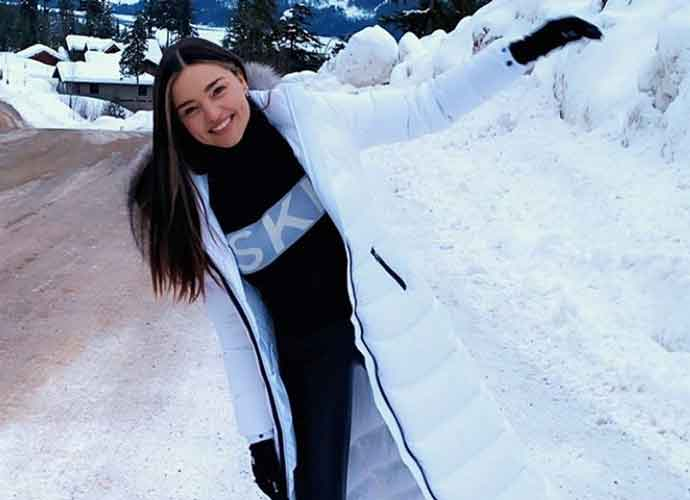 Miranda Kerr Smiles In The Snow While On Ski Vacation With Model Jasmine Tookes