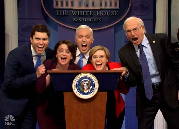 'SNL' Spoofs Mike Pence's Response To Coronavirus With 2020 Democrats Invading Briefing [Video]