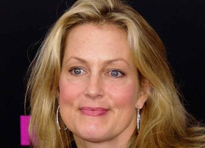 Comedian Ali Wentworth Tests Positive For COVID-19