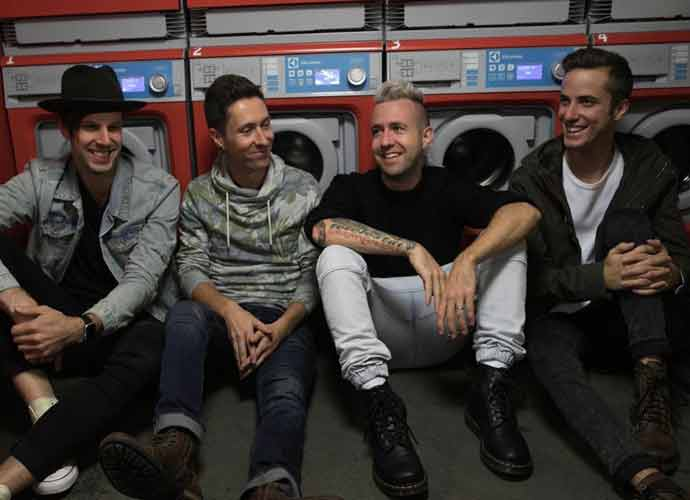 Christian Rock Singer Jonathan Steingard Leaves Group Hawk Nelson Because He Doesn't Believe In God Anymore