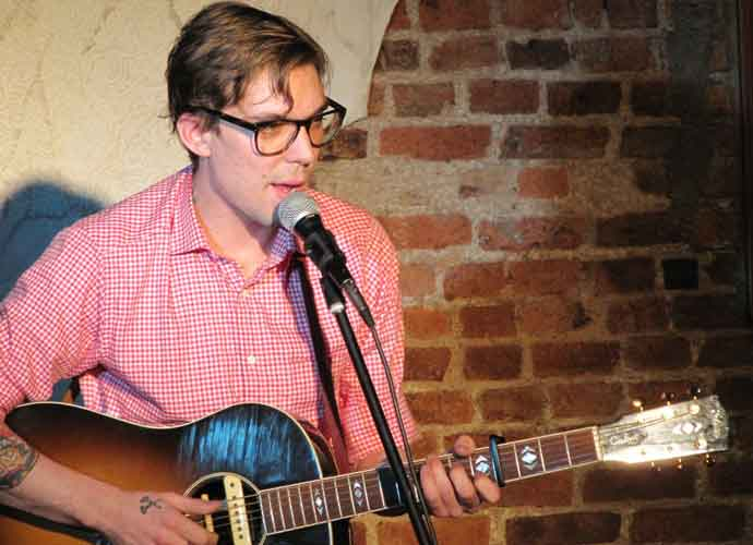 Justin Townes Earle Cause Of Death: Singer Died From Drug Overdose