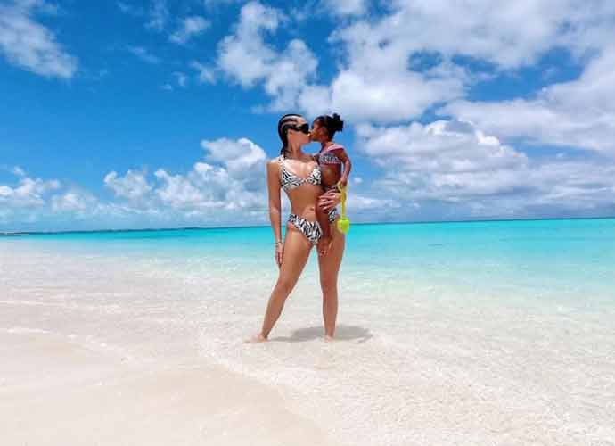 Khloe Kardashian Posts Adorable Mother-Daughter Photos With True Thompson On Turks & Caicos Beach