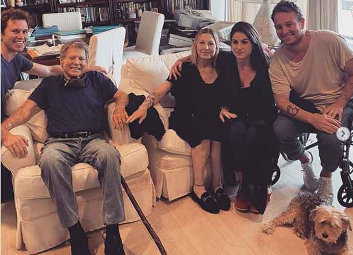 Ryan O'Neal & Estranged Daughter Tatum O'Neal Reunite For First Time In 17 Years!
