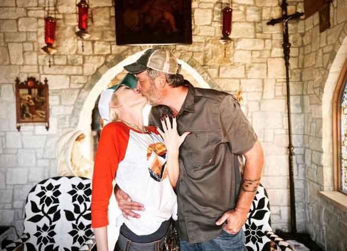 Blake Shelton & Gwen Stefani Finally Get Engaged After 5 Years Of Dating